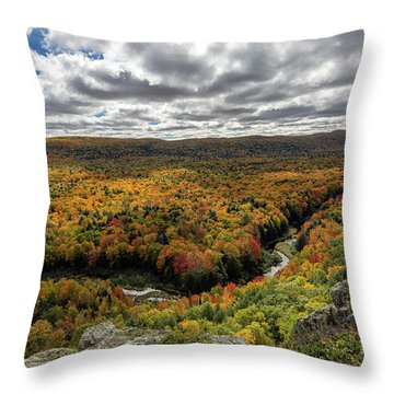 Lake Of The Clouds 10 Throw Pillow