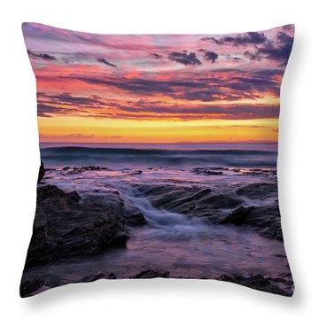 Last Sunset Of 2018 Throw Pillow