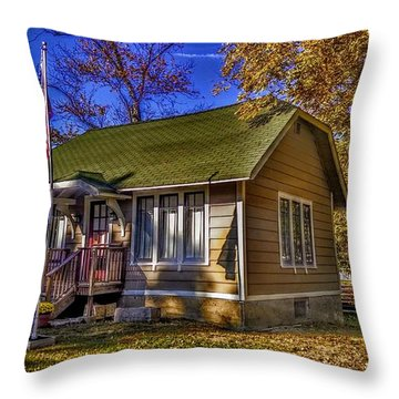 Lincoln Park History Museum Throw Pillow