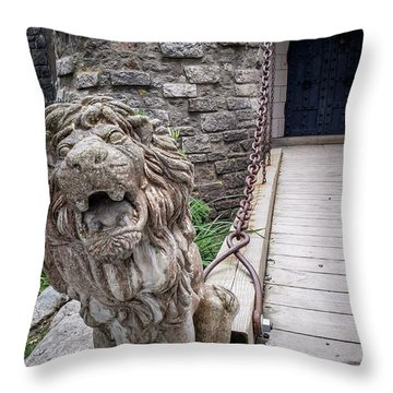 Lion At The Gate Throw Pillow