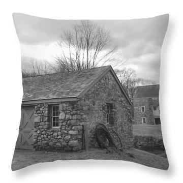 Lock House And Store - Waterloo Village Throw Pillow