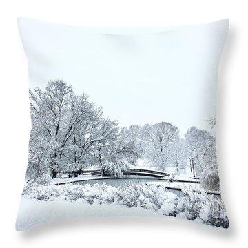 Loose Park, Kansas City Throw Pillow