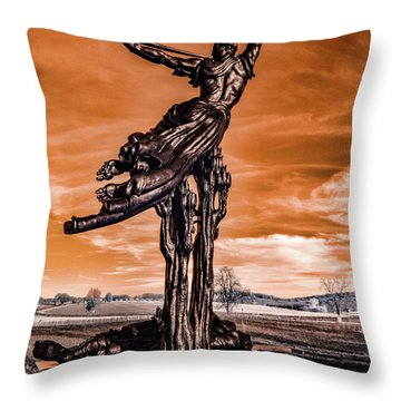 Louisiana Monument Throw Pillow