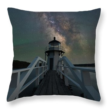Milky Way Over Doubling Point Throw Pillow
