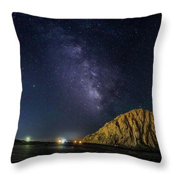 Milky Way Over Morro Rock Throw Pillow