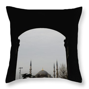 minarets in the city for the prayer of the Muslim religion Throw Pillow
