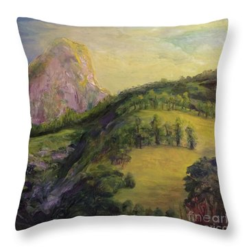 Moro Rock, Kings Canyon Throw Pillow