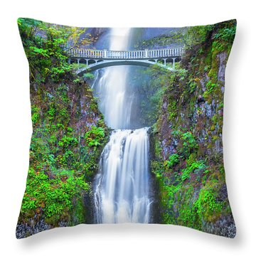 Throw Pillow featuring the photograph Multnomah Falls by Dheeraj Mutha