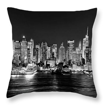 New York City Nyc Skyline Midtown Manhattan At Night Black And White Throw Pillow