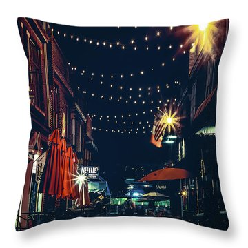 Night Dining In The City Throw Pillow