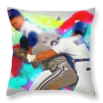 Nolan Ryan, Robin Ventura Brawl Throw Pillow