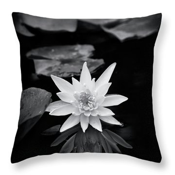 Nymphaea Gold Medal Flower Throw Pillow