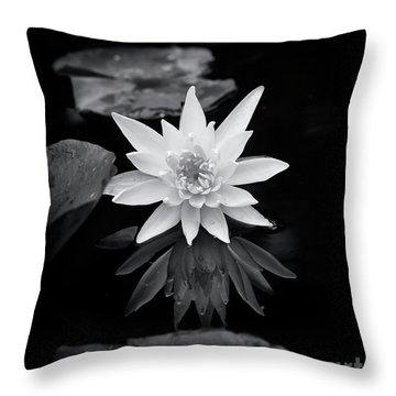 Nymphaea Gold Medal Flower Throw Pillow