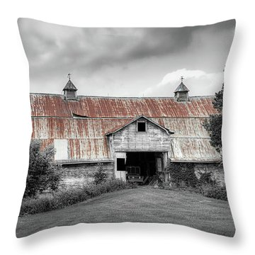 Ohio Barn In Black And White Throw Pillow