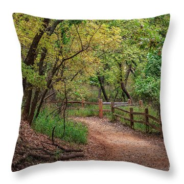 Oklahoma City's Martin Nature Park In Fall Color Throw Pillow