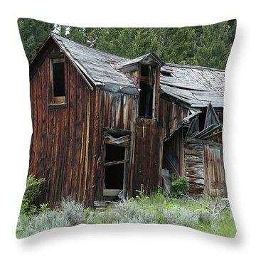 Old Cabin - Elkhorn, Mt Throw Pillow