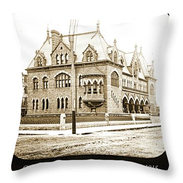 Old Customs House And Post Office, Evansville, Indiana, 1915 Throw Pillow