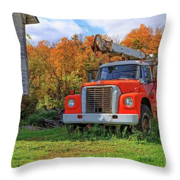 Old Fire Truck In Vermont Throw Pillow