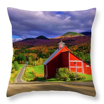 On The Backroads Of Stowe. Throw Pillow