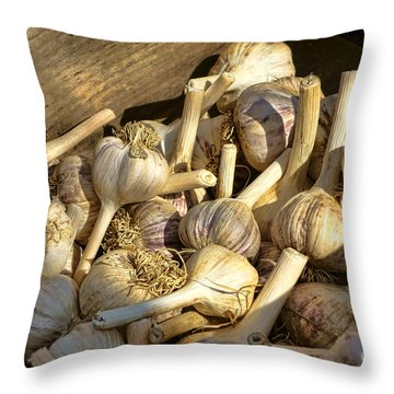 Organic Garlic Throw Pillow