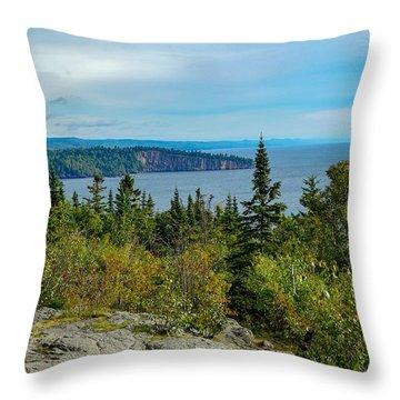 Palisade Head Throw Pillow