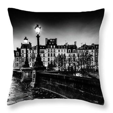 Paris At Night - Pont Neuf Throw Pillow