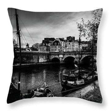 Paris At Night - Seine River Towards Pont Neuf Throw Pillow