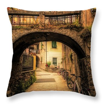 Passageway In Monterosso Throw Pillow