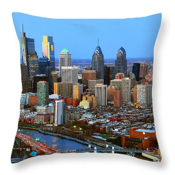 Philadelphia Skyline At Dusk 2018 Throw Pillow