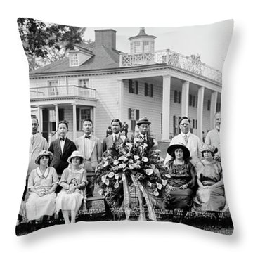 Philippine Parliamentary Mission, Mt Throw Pillow
