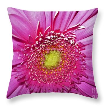 Pink Flowers P4 Throw Pillow