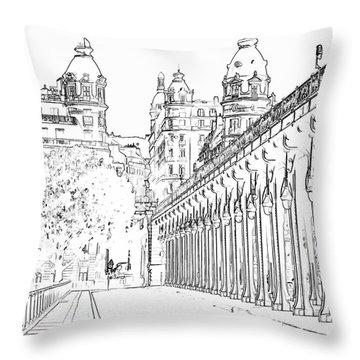 Pont De Bir-hakeim Throw Pillow