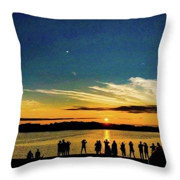Portland Pauls Sunset Throw Pillow