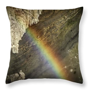Rainbow At Letchworth Throw Pillow