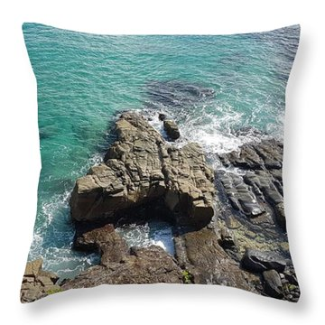 Rocks And Water Throw Pillow