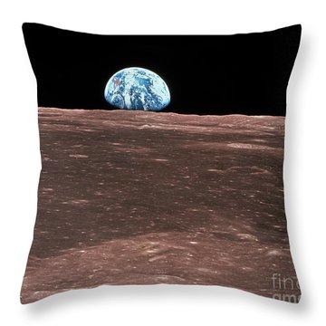 S380/0084 Throw Pillow