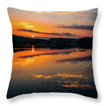 Savannah River Sunrise - Augusta Ga 2 Throw Pillow