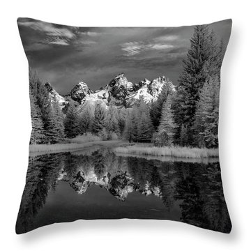 Scwabachers Landing In The Tetons II Throw Pillow