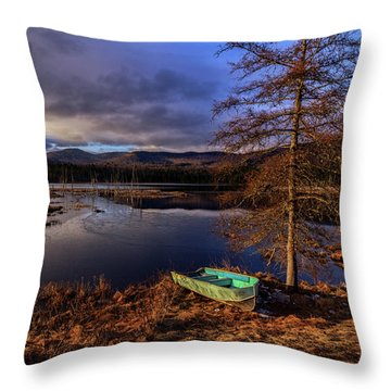 Shaw Pond Sunrise - Landscape Throw Pillow