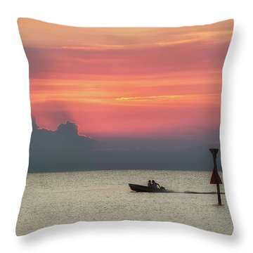 Silhouette's Sailing Into Sunset Throw Pillow