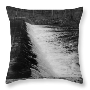 Spillway In Detail - Waterloo Village Throw Pillow
