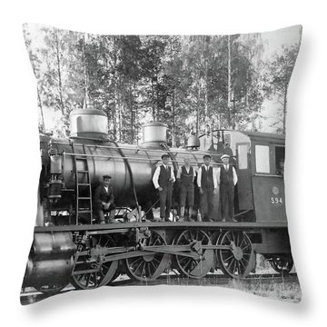 Steam Engine Locomotive 594 Finland Throw Pillow
