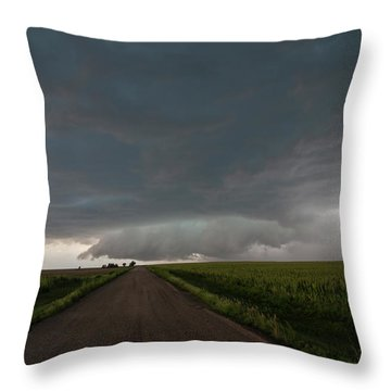 Storm Chasin In Nader Alley 025 Throw Pillow