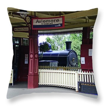 Strathspey Railway. Caladonian Railway 828 Throw Pillow