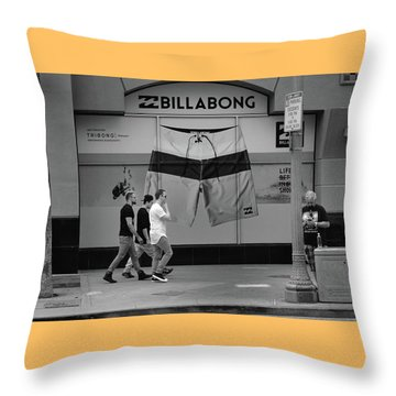 Throw Pillow featuring the photograph Strolling Hollywood by Ron Cline