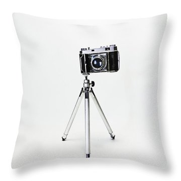 Studio. Kodak Retina 2. Throw Pillow