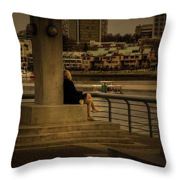 Sunset Enjoyment Throw Pillow
