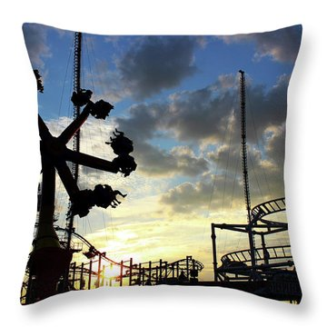 Sunset On Coney Island Throw Pillow