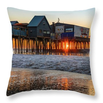 Throw Pillow featuring the photograph Sunstar At Pier Patio Old Orchard Beach by Dan Sproul