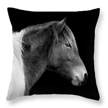 Susi Sole Portrait In Black And White Throw Pillow